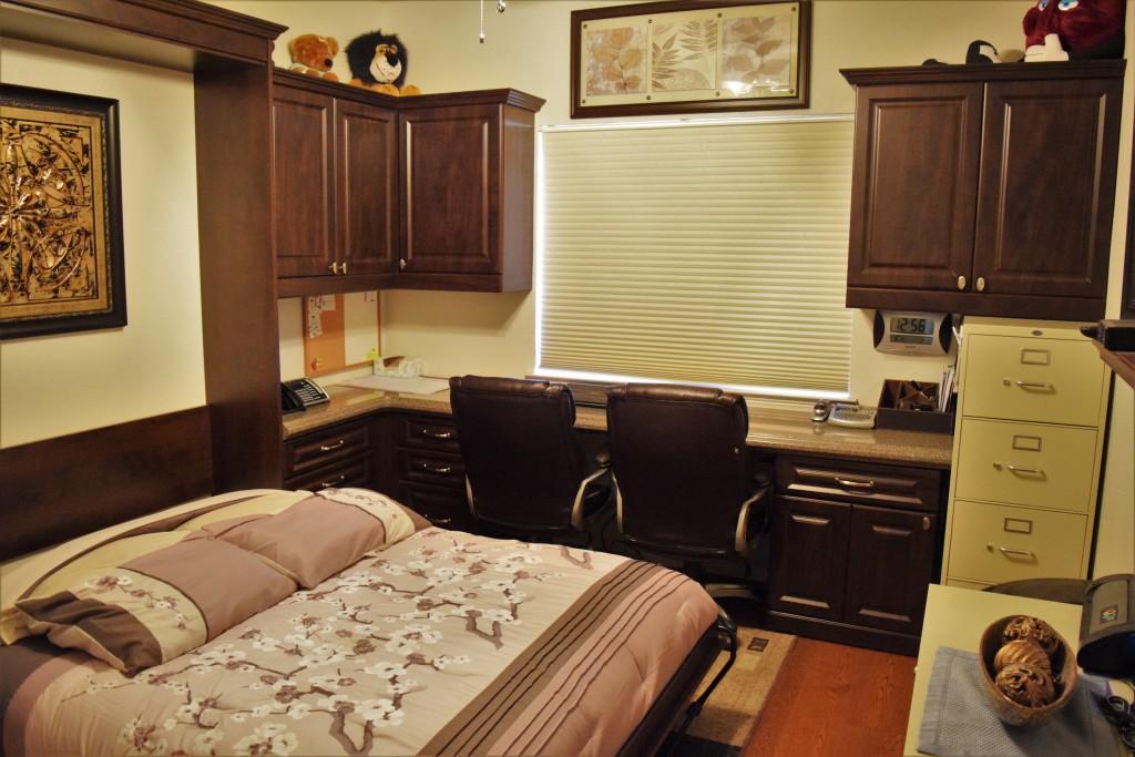 Home office guest bedroom