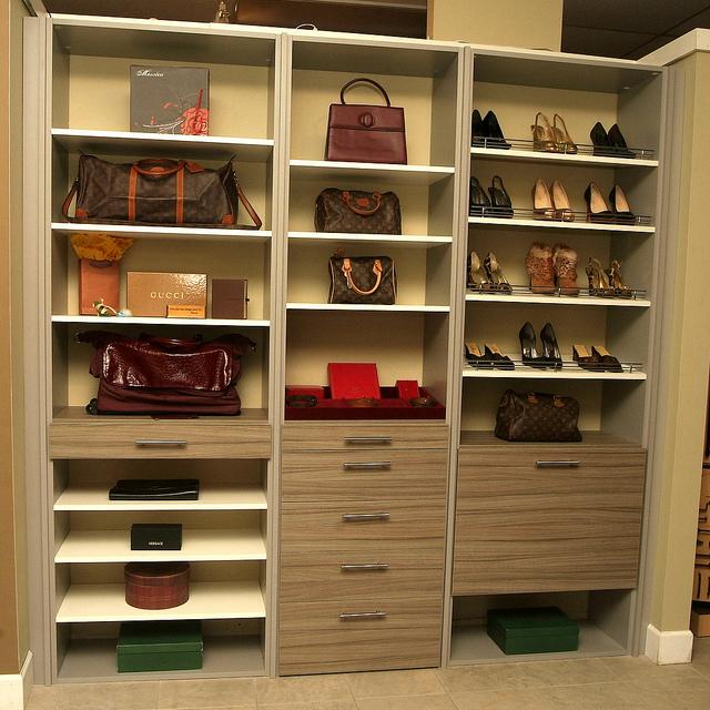 custom closets dallas