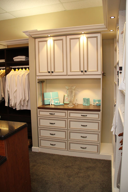 lighting in closets enhance the elegance of a closet