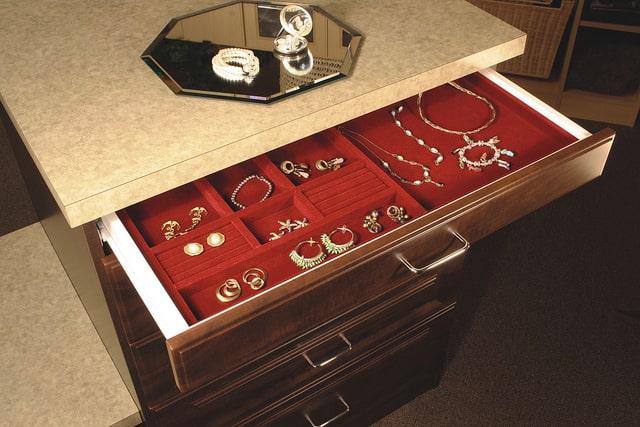 Closet drawer with jewelry insert